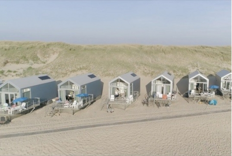 Roompot neemt 90 strandhuisjes Landal in Julianadorp over