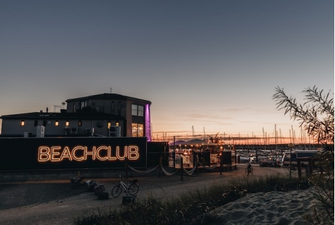 Restaurant aan Roompot Marina Beach wordt hippe Beach Club